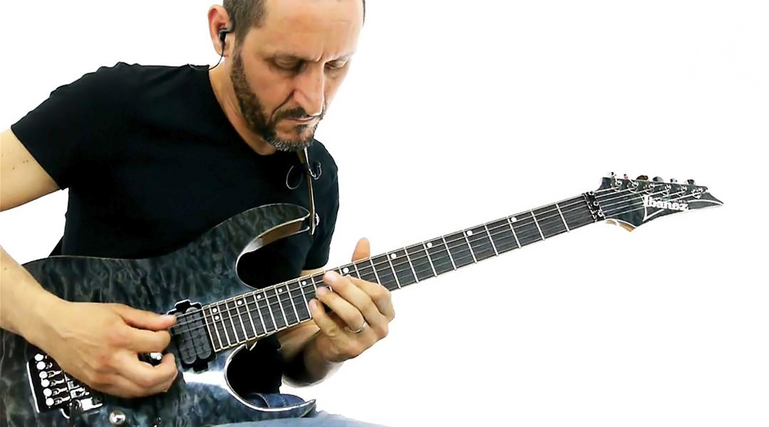 William Stravato – Electric Guitar [Honorary Professor]